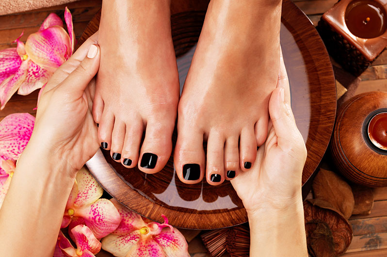 V Attractive Nails & Spa Pedicure Services